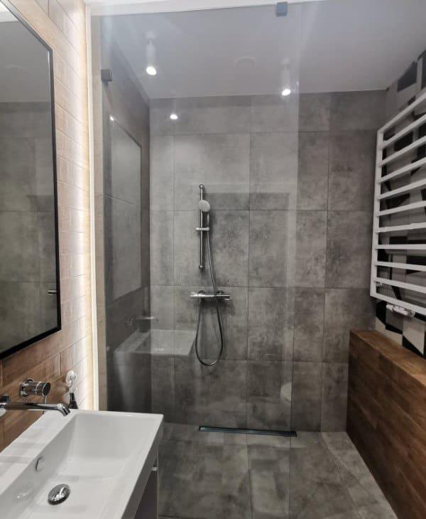 scianki prysznicowe 23