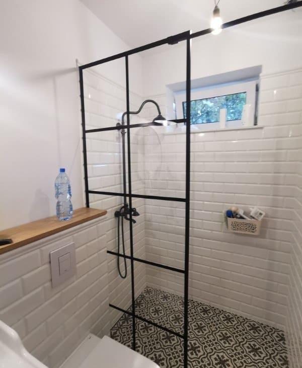 scianki prysznicowe 25